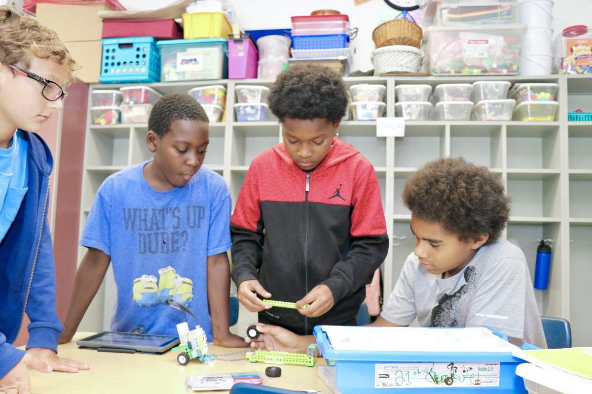 Thumbnail for 21st Century Program Offers LEGO Academy for Scholars