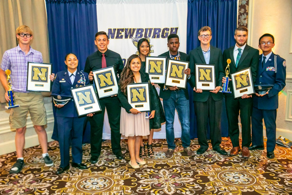 Thumbnail for Newburgh Free Academy Athletes Celebrate at Block N Dinner