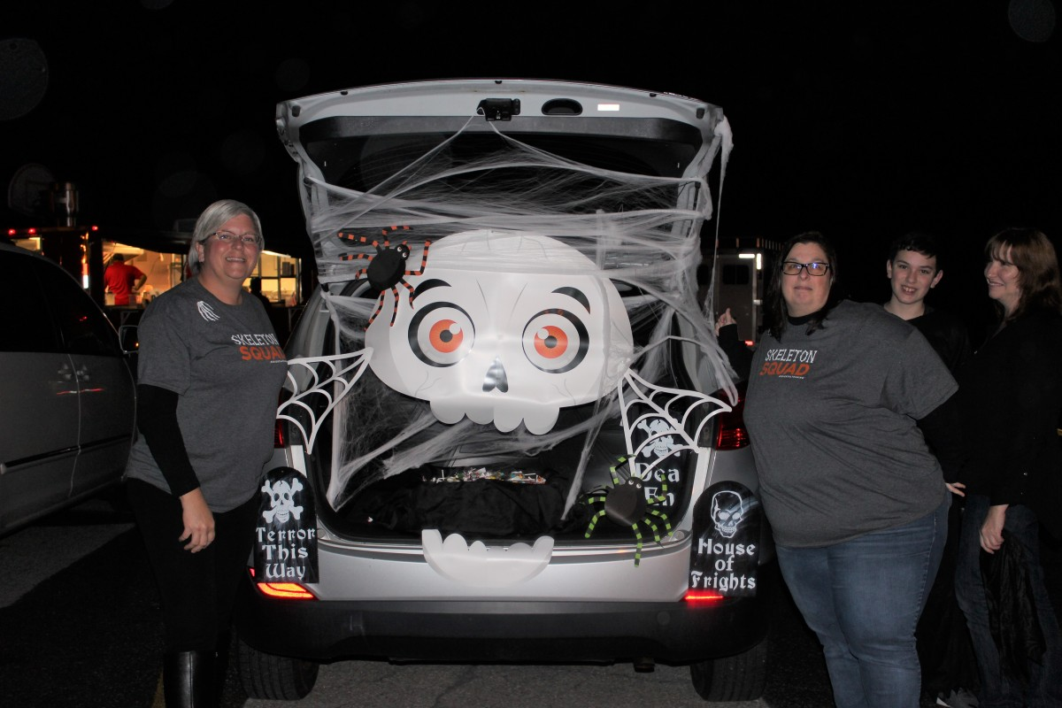 Thumbnail for Temple Hill Academy PTO Hosts Another Spooktacular Trunk or Treat