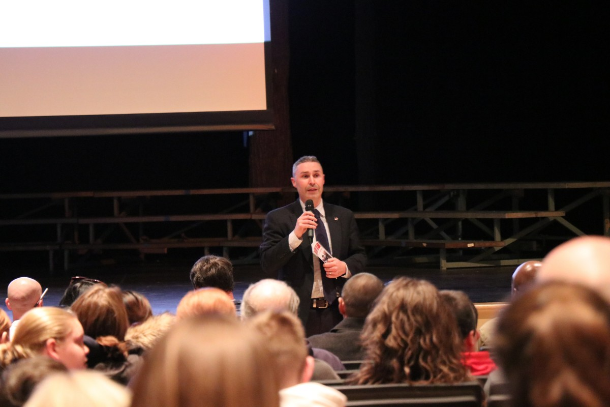 Mr. Chris Doyle from Marist College presents to students and families.