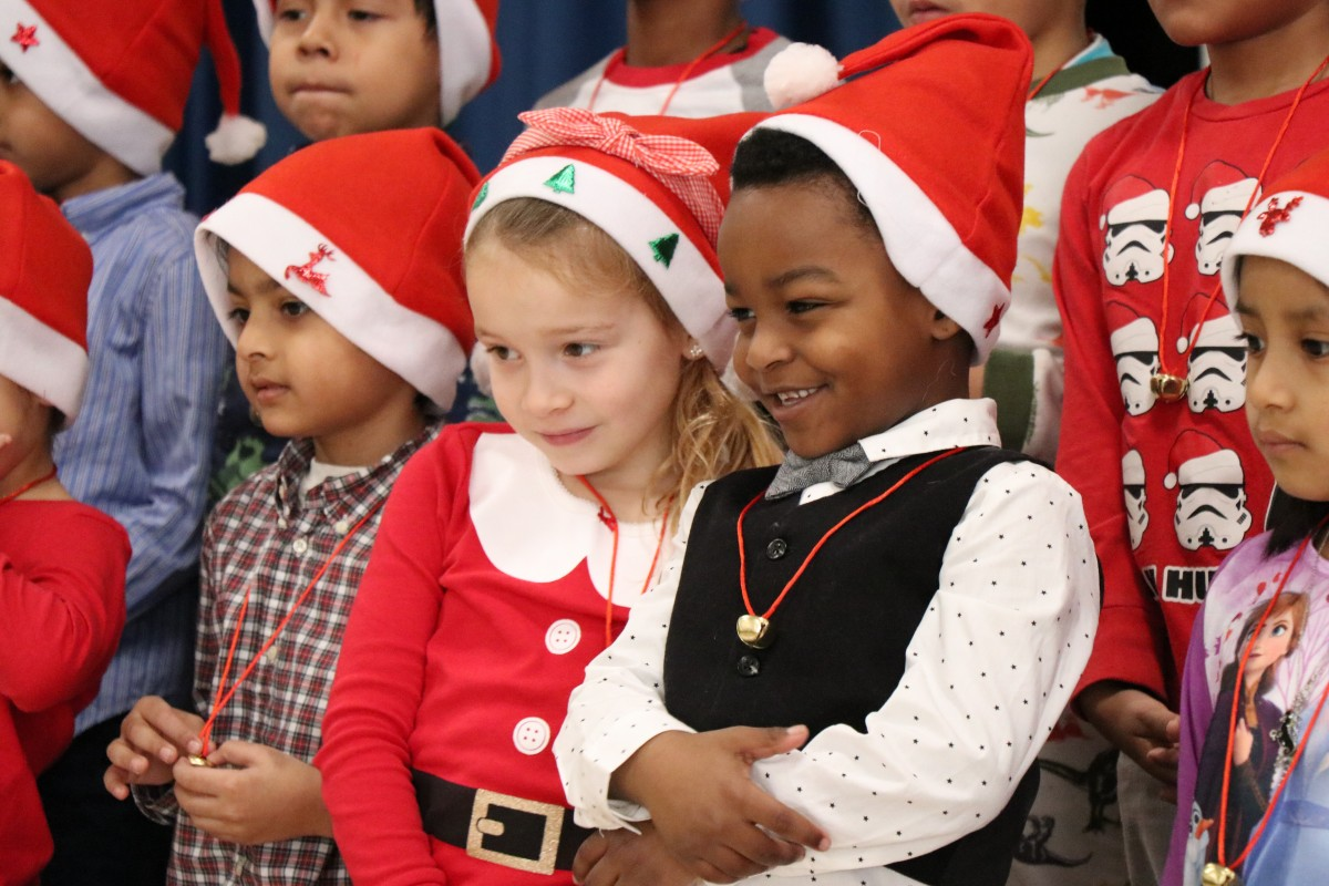Thumbnail for Meadow Hill Kindergartners Perform Holiday Songs