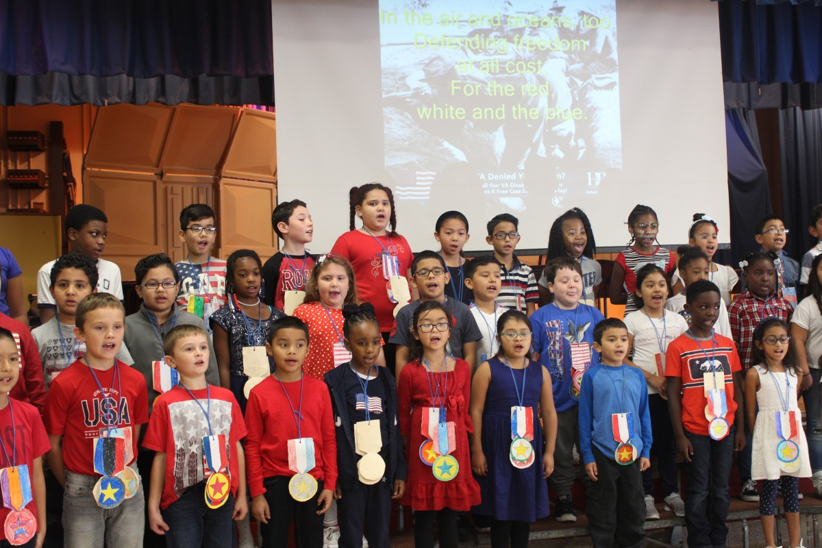 Students perform for Veterans