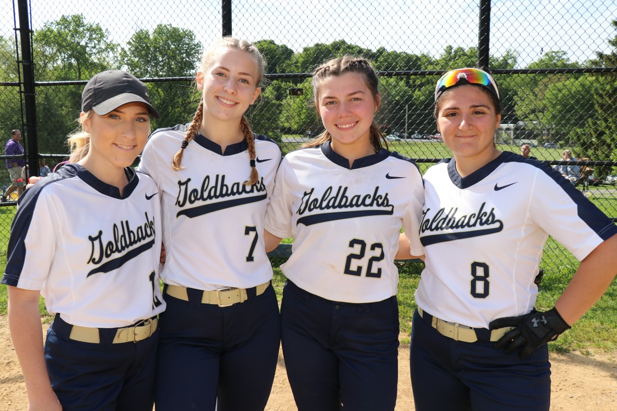 Seniors from the NFA Softball team.
