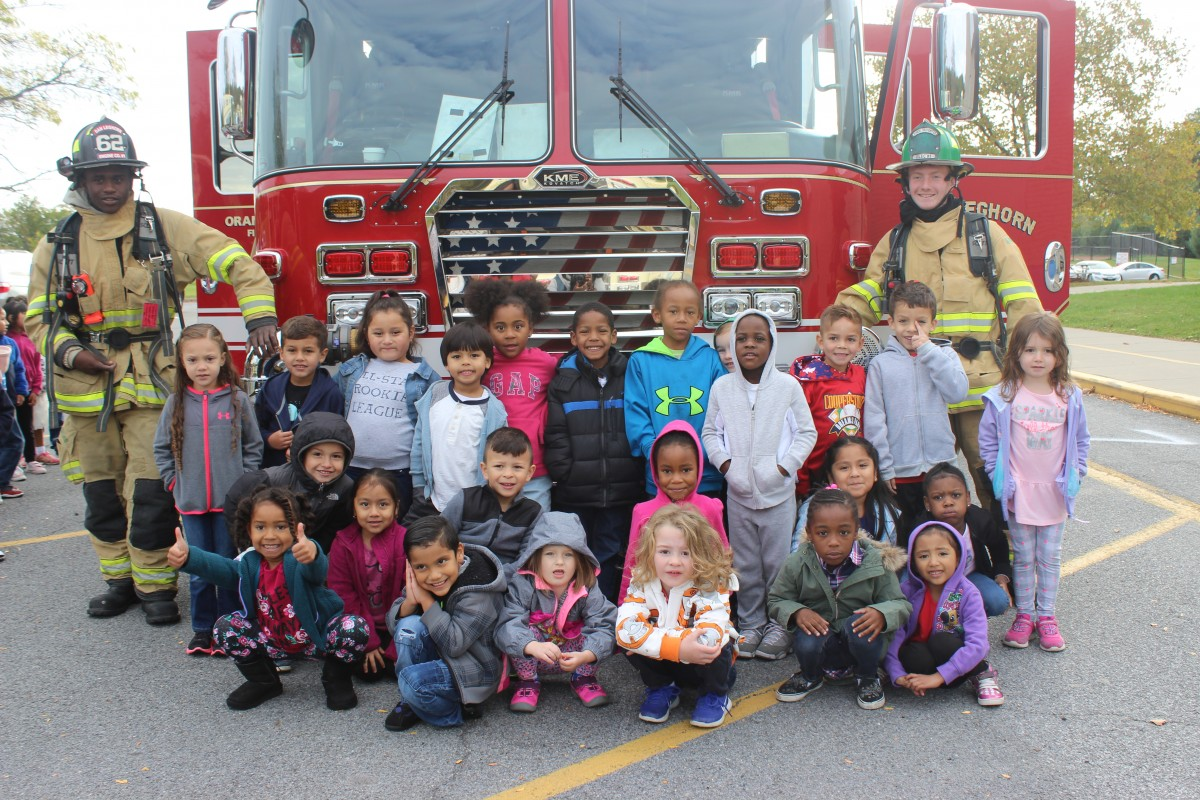 Students in front of firetruck 1