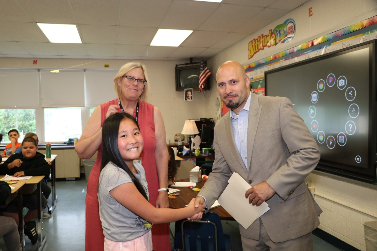 Thumbnail for Fostertown Scholar, Tina Wang Completes Pre-K to Fifth Grade With 100% Perfect Attendance