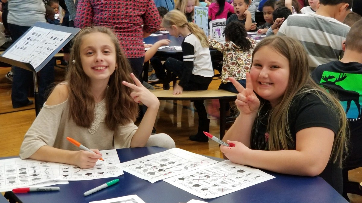 Thumbnail for New Windsor School Hosts Thanksgiving Bingo